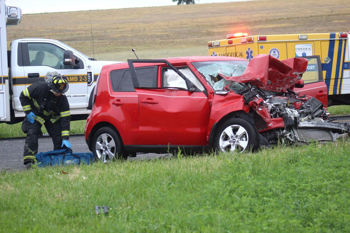 Critical injuries reported in Kelly Township crash