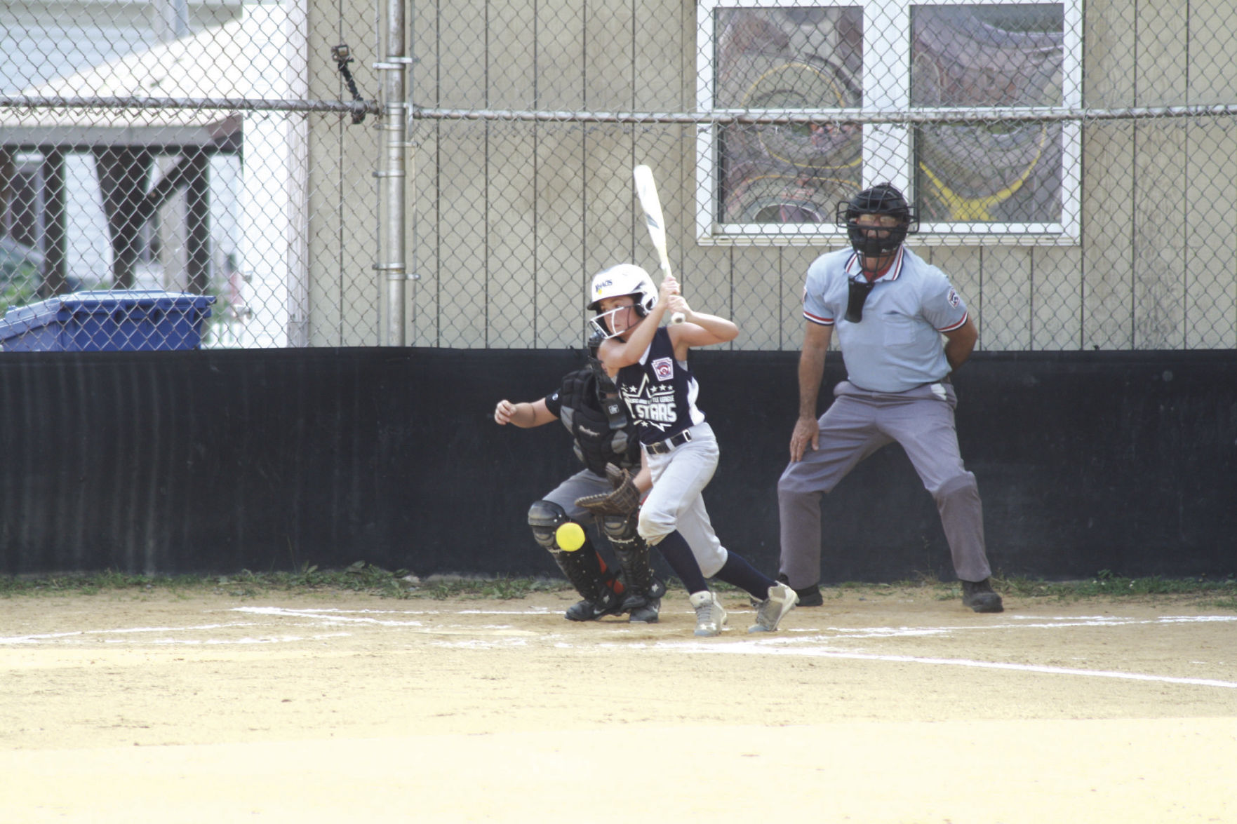 Mifflinburg girls roll to sectional win