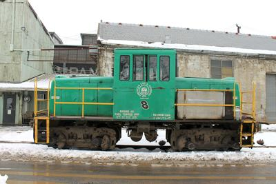3 GE locomotives net $77,250 in high bids at ACF auction
