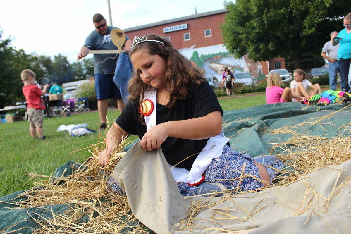 Scarecrows to decorate community