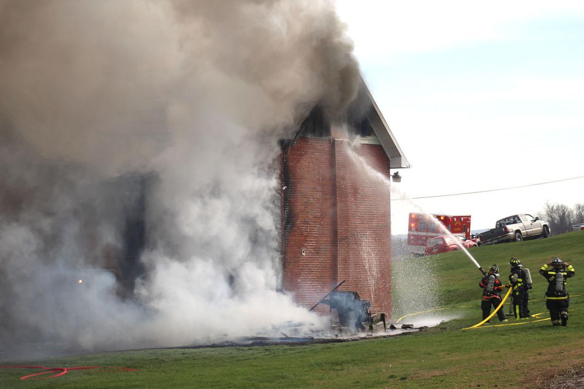 Tenants escape burning farmhouse