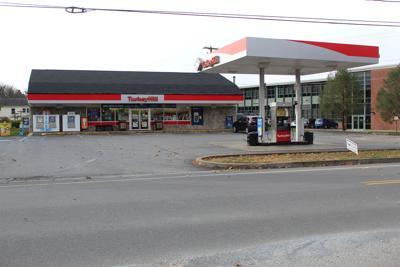 Milton Turkey Hill closes due to COVID case
