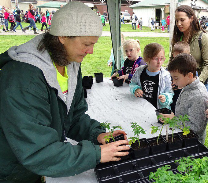 More than 1,000 students attend Ag Day