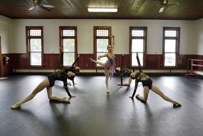 Conneaut Arts Center ballet dancers to perform in Cleveland