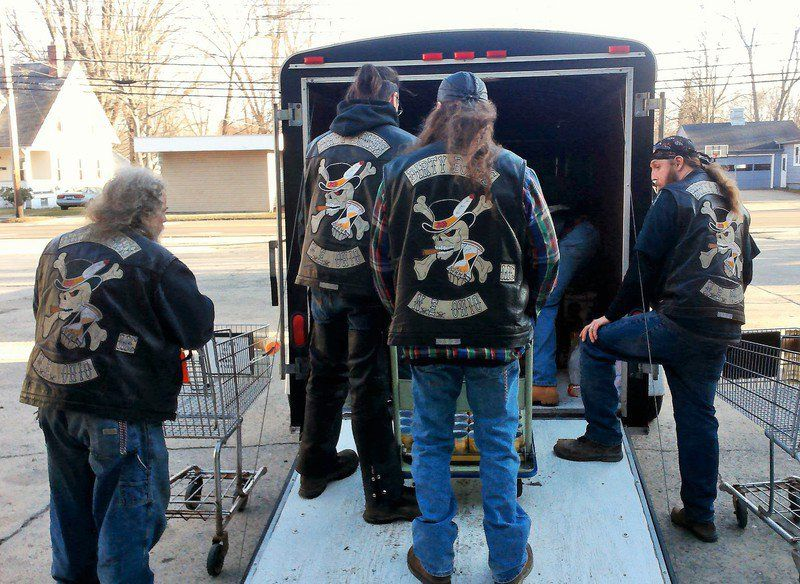 Dirty Bones Motorcycle Organization hosts food drive for