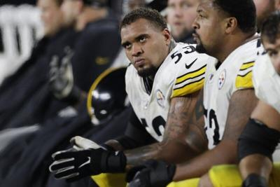 Center of attention; Steelers' Pouncey eyes delicate balance