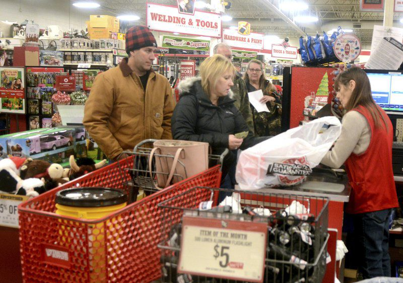 Plenty Of Deals Left For Shoppers On Black Friday Local News Starbeacon Com