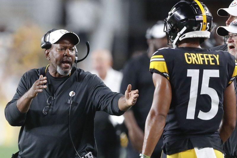 Steelers wide receivers coach Darryl Drake dies at 62