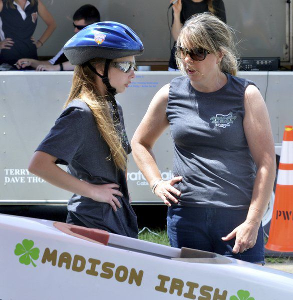 Soap Box Derby competition brings dads, sons, daughters and moms together