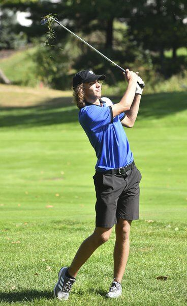 Father's passion has Hejduk headed to DII district golf tournament