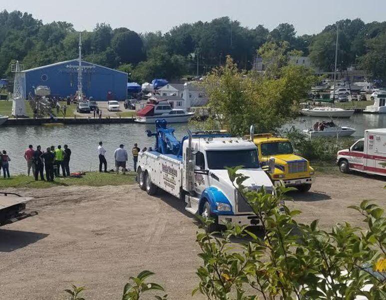 Officials pull car from Ashtabula River, declare driver dead