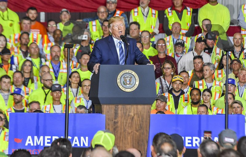 'Sitting on gold': President touts region's energy production in W. Pa. stop podium
