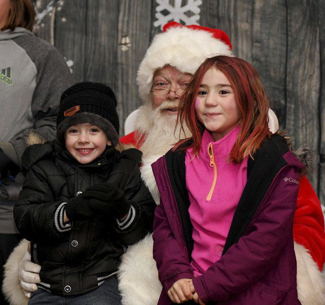 Andover welcomes holidays and Santa with festivities