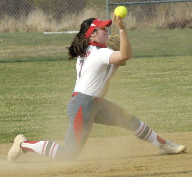 Eagles get past Warriors 9-7 in eight innings