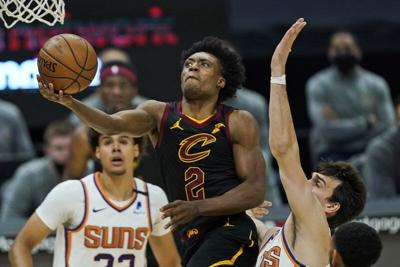 Suns dominate Cavs in OT to win 134-118