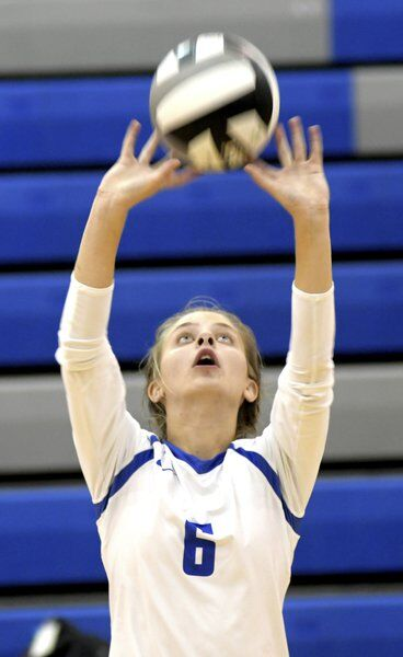 Mustangs show balance in sweep of Spartans
