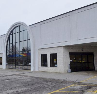 Jefferson Bi-Lo sees activity; new owners unconfirmed