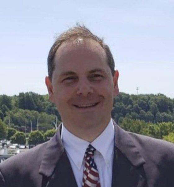 Ducro, Whittington lead commissioner races