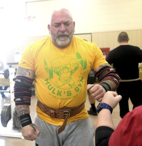 Bench press event draws from near and far