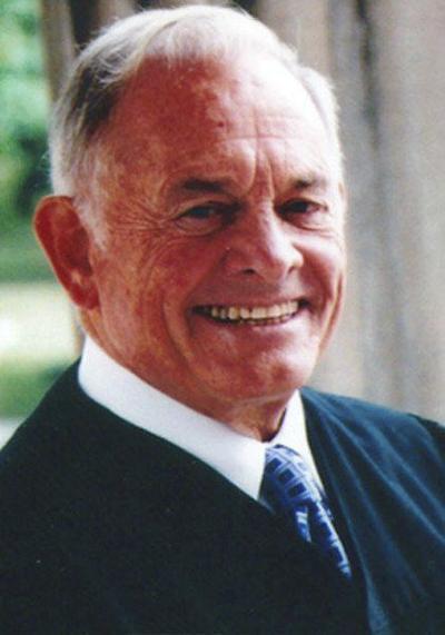 Judge Thomas Lambros, son of immigrants, dies at 89