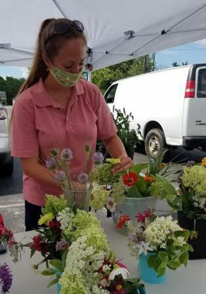 Jefferson Farmers Market humming along with coronavirus precautions in place