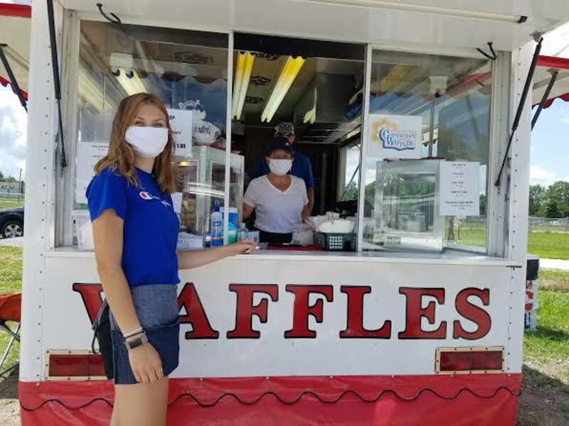 Vendors say turnout 'great' for first Fair Food Drive-thru