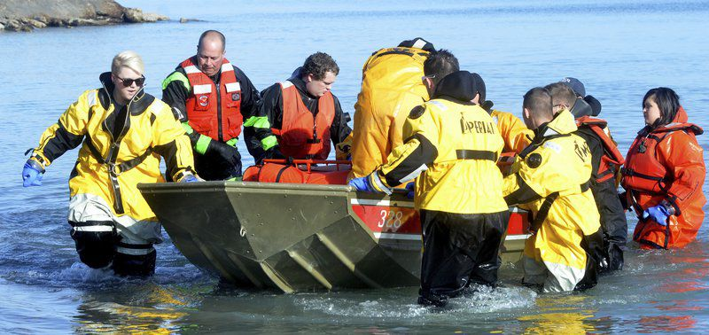 Ashtabula County Water Rescue Team does practice drill with KSUA students