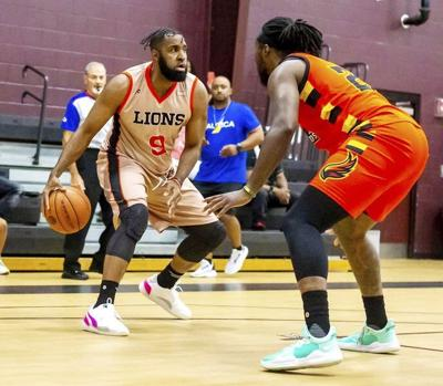 Lakeside graduate heads to Mexico for hoops