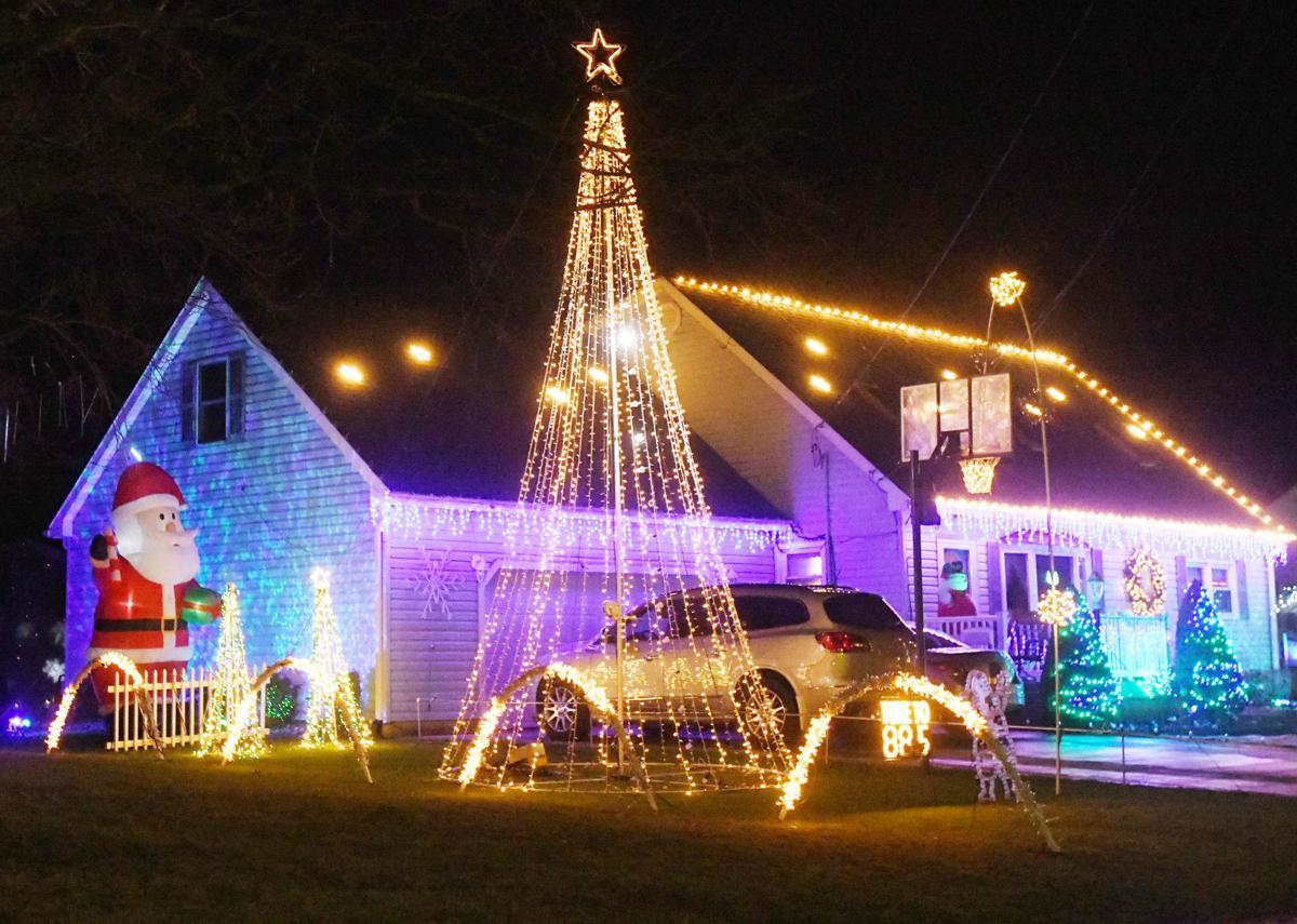 1229 holiday lights 2