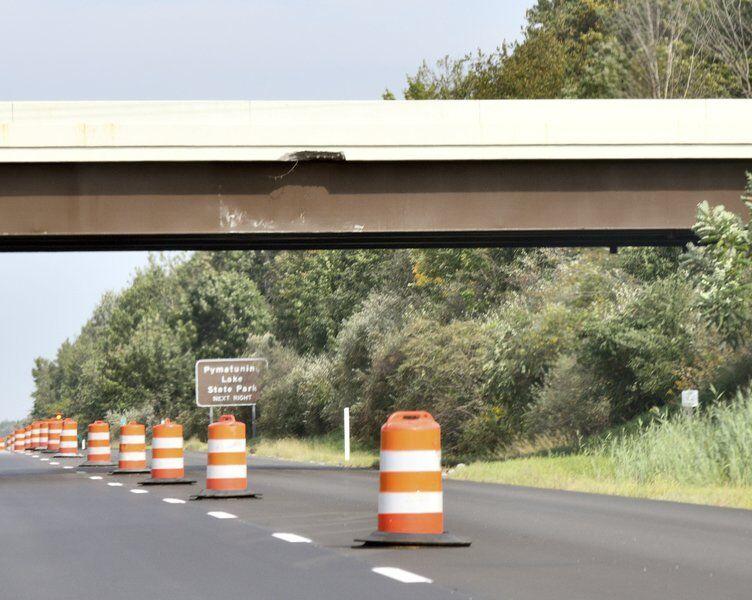 ODOT inspecting bridge aftertruck strikes it