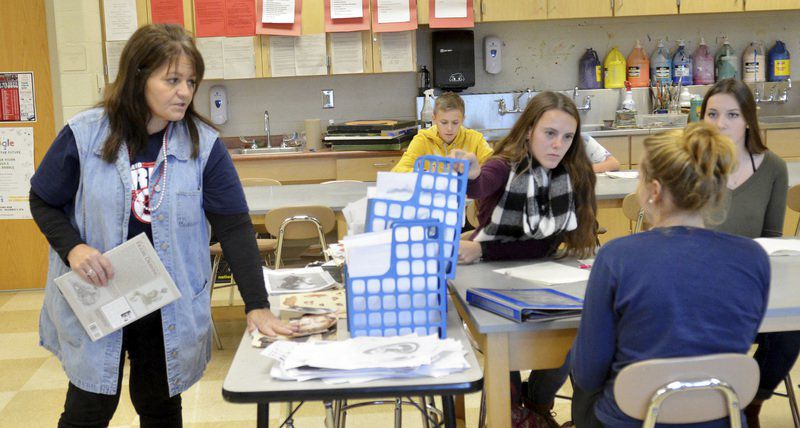Geneva teacher Gina Monahan devotes life to sharing love of art