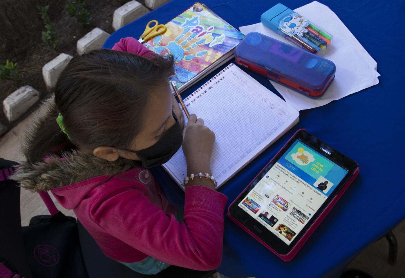 Virus Outbreak Mexico Education