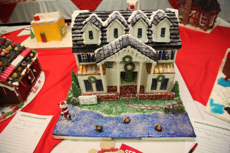 gingerbread house contest benefits christmas in st michaels - Christmas In St Michaels