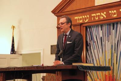 Temple holds anti-Semitism lecture series