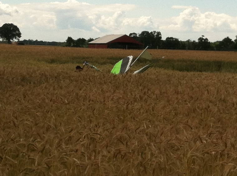Hang glider down in Caroline County