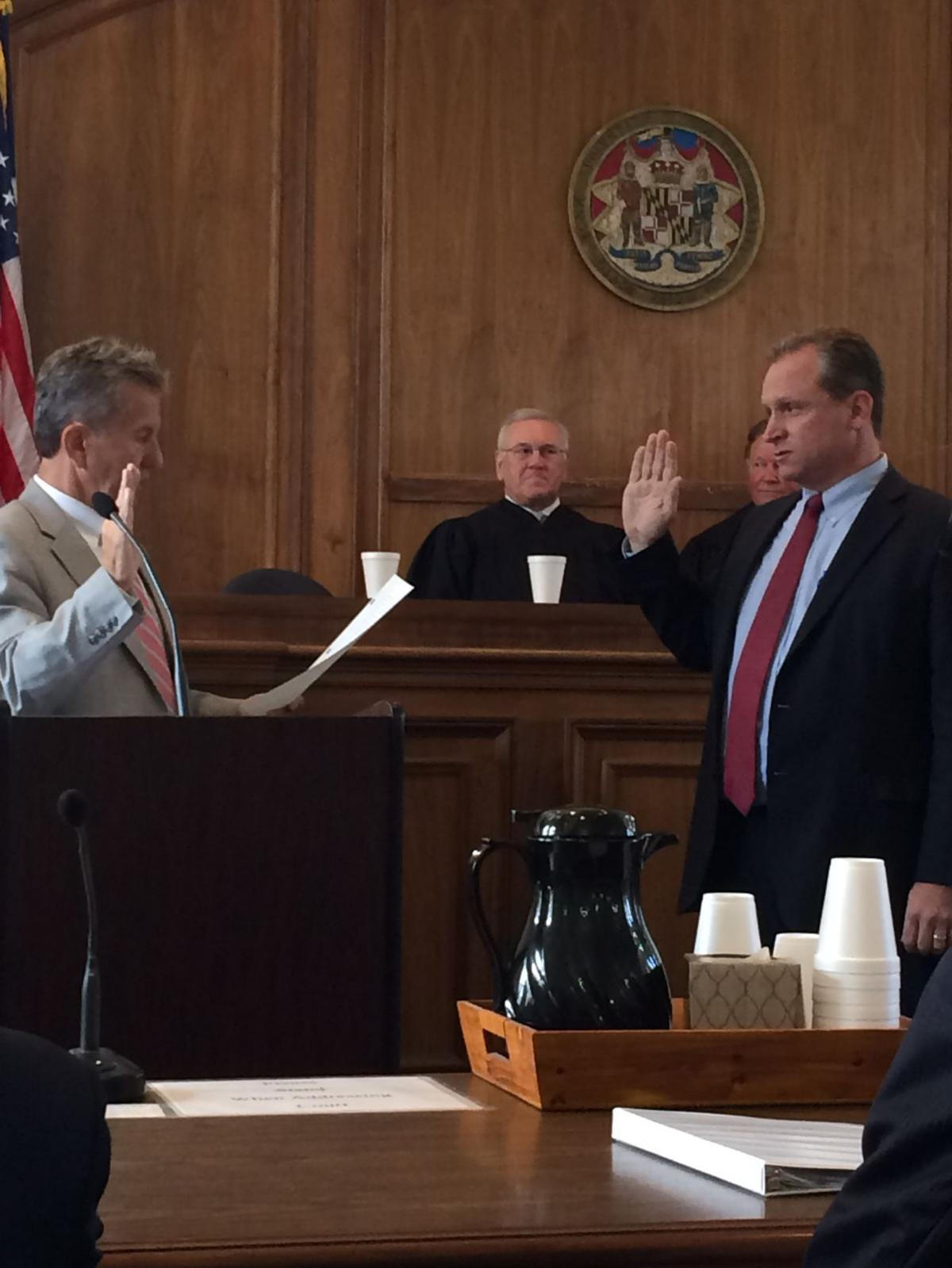 Newell sworn in as Caroline circuit court judge | Local | stardem com
