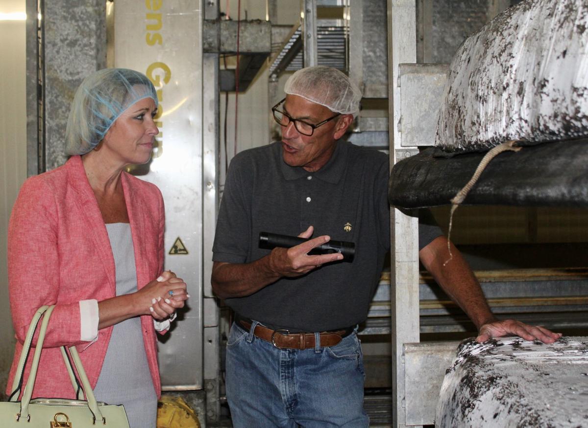 Maryland commerce secretary makes stop at Warwick Mushroom Farms