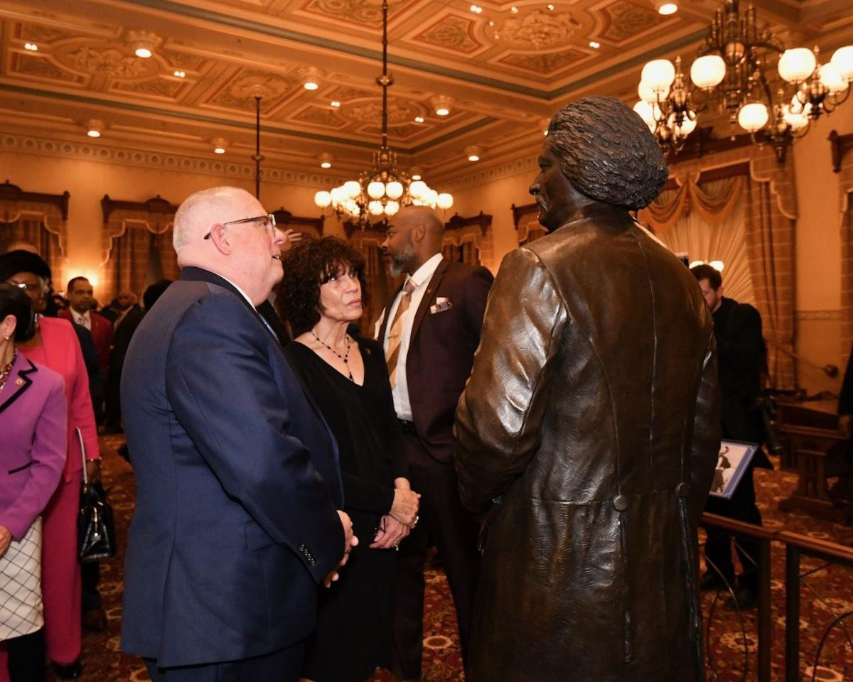 State leaders unveil statues of Tubman, Douglass in Capitol