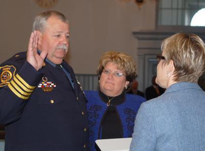 Dorchester law enforcement, court officials sworn in Tues  | Local