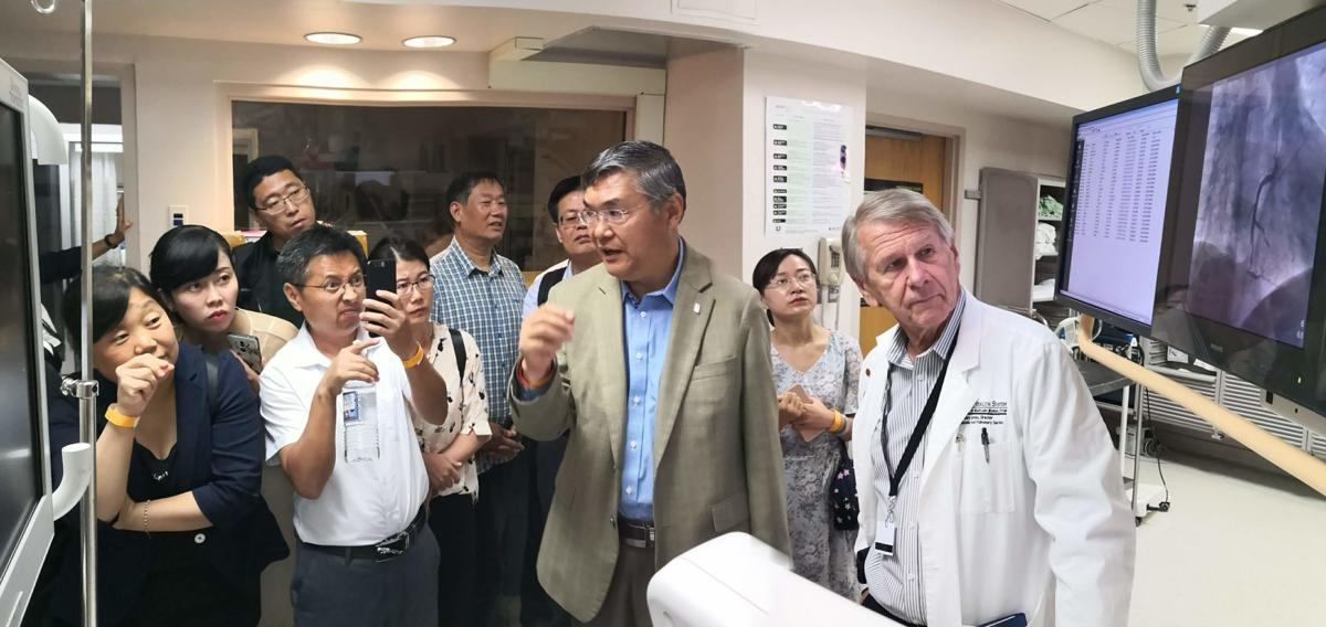 Chinese medical pros tour Easton hospital