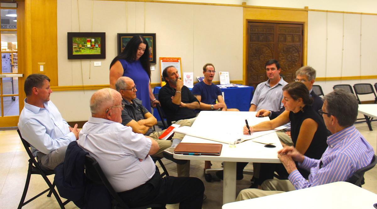 Citizens brainstorm ideas for preserving 925 Port Street