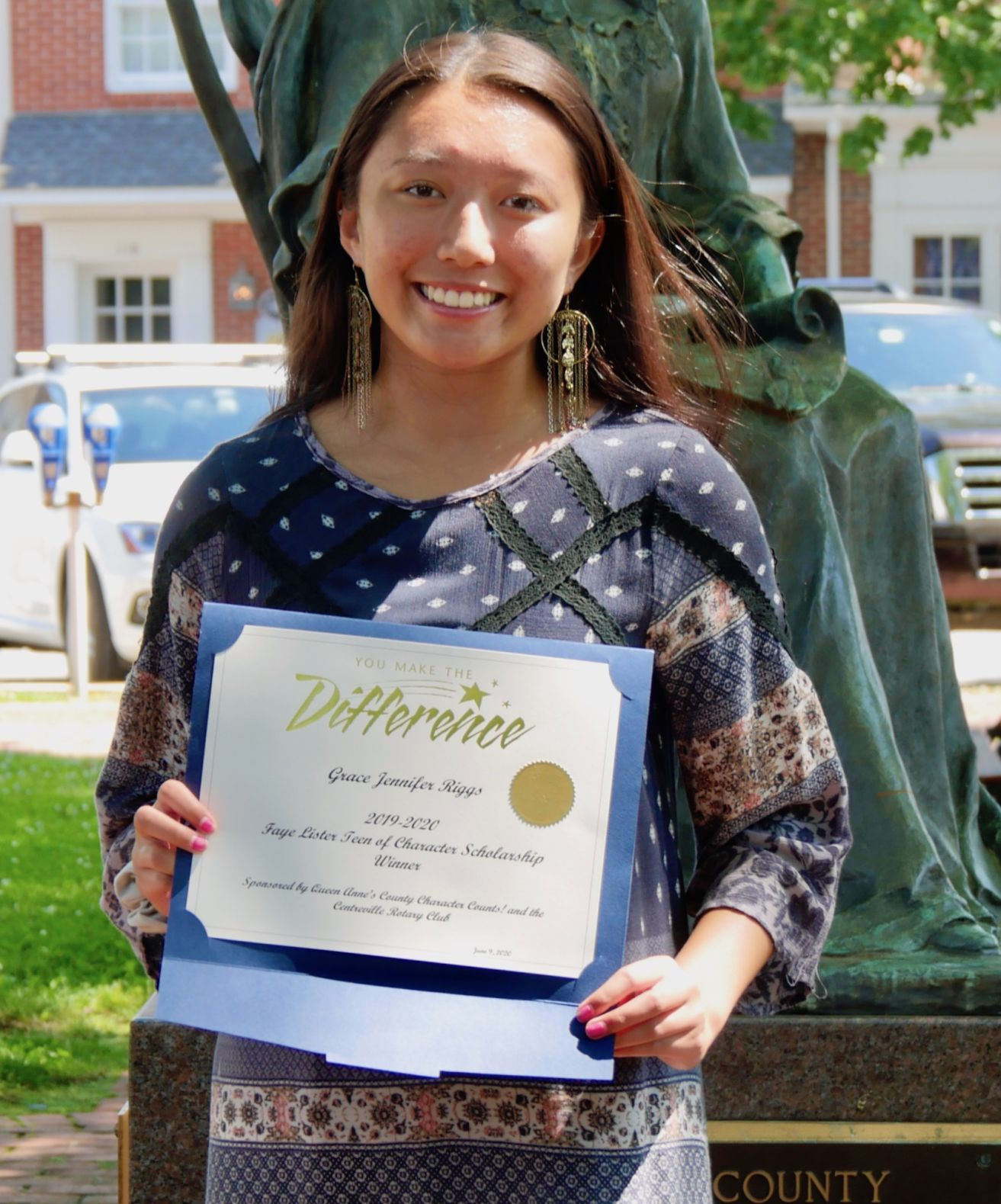 Grace Riggs wins Faye Lister Teen of Character Scholarship