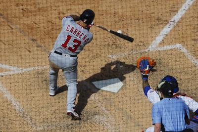 Cabrera's big hit, bullpen lift the Nats