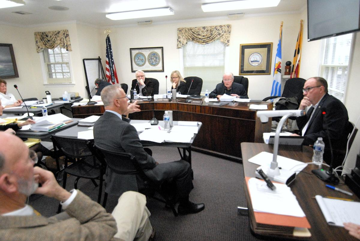 Ethics Commission holds open hearing