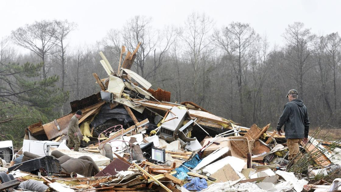 Officials: 3 dead in Alabama, bringing storm death toll to ...