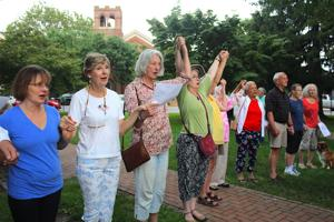 Vigil sees high support for Charlottesville victims