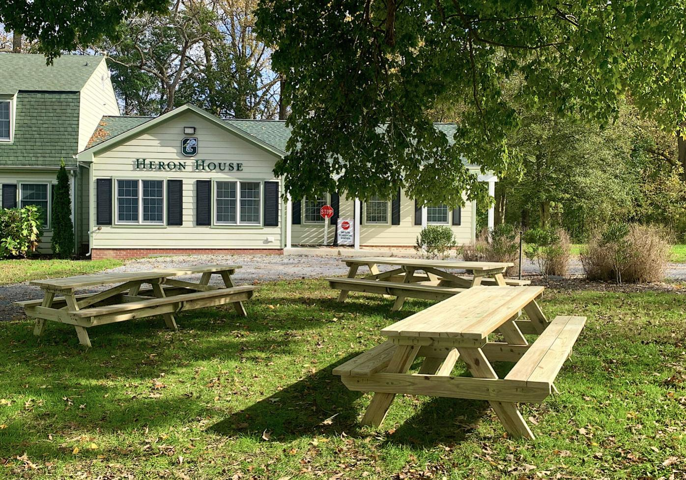 Gunston student donates hand-crafted picnic tables for Eagle Project