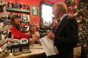 Comptroller kicks off Shop Maryland for the Holidays tour in St. Michaels