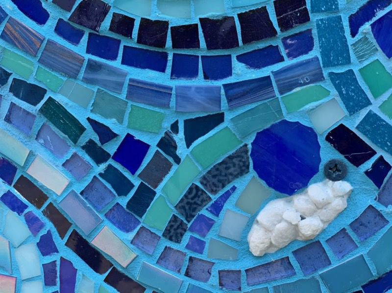 Eastern Shore Conservation Center unveils new water-themed mosaic created by local kids