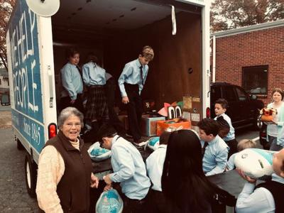 Students collect food for the needy